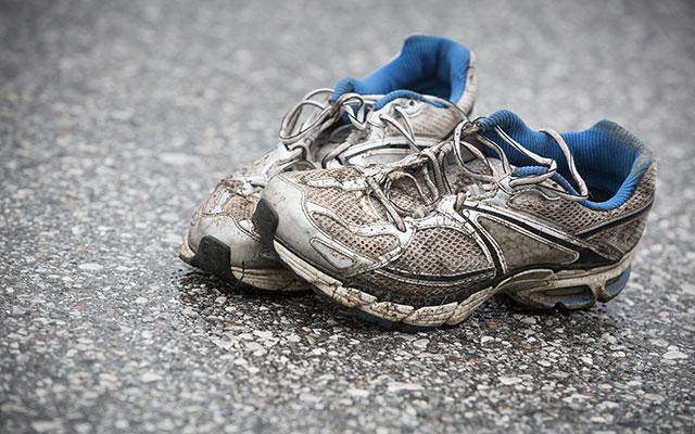 Menjava tekaške obutve